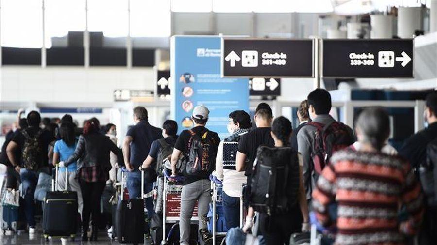 EU bắt đầu cho phép công dân của nhiều nước ngoài khối nhập cảnh