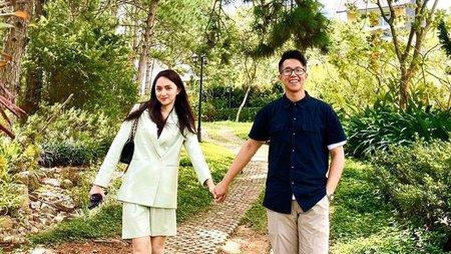 Matt Liu bị tố gạ tình trên Tinder, Hương Giang đã có động thái đầu tiên