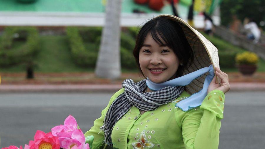 Nón lá - một ký hiệu của văn hóa Việt
