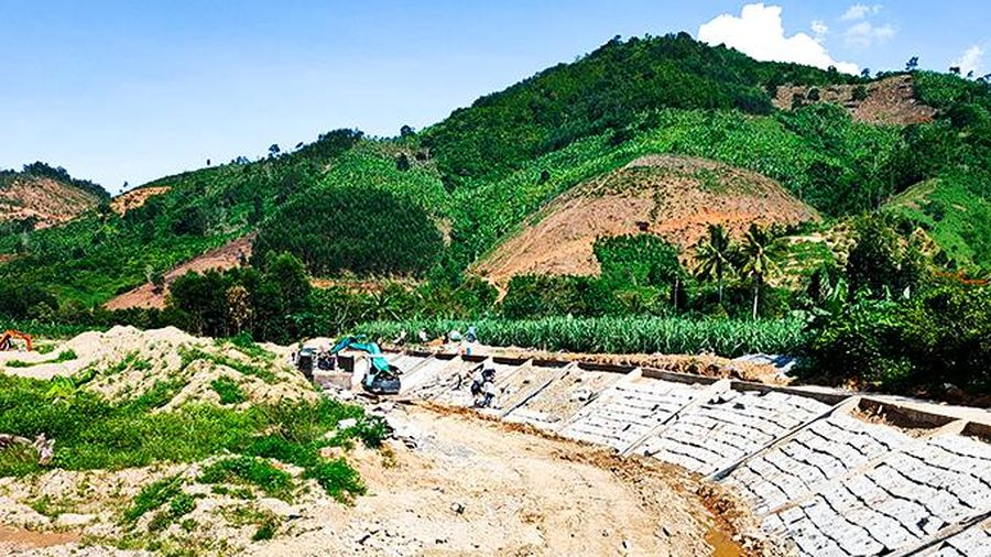 Khánh Sơn: Nguồn vốn giảm nghèo khó hoàn thành giải ngân