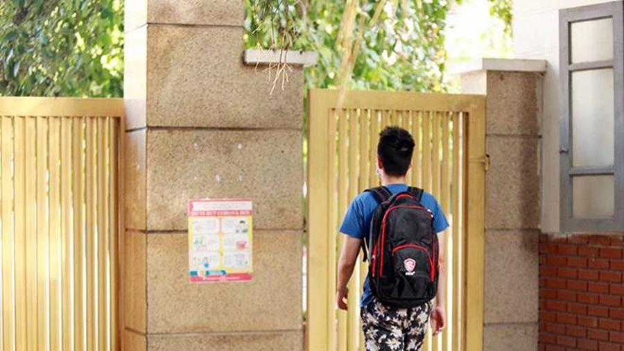 Thí sinh bước vào môn thi tốt nghiệp THPT đầu tiên