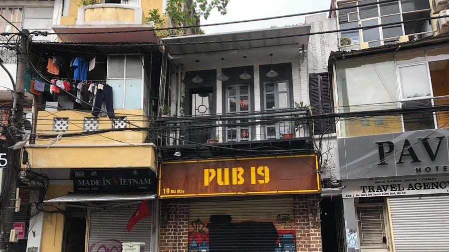Nhà hàng, khách sạn phố cổ Hà Nội tiếp tục đóng cửa do COVID-19