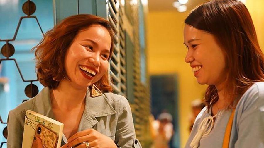 Người phụ nữ góp nhặt câu chuyện ấu thơ giữa Sài Gòn