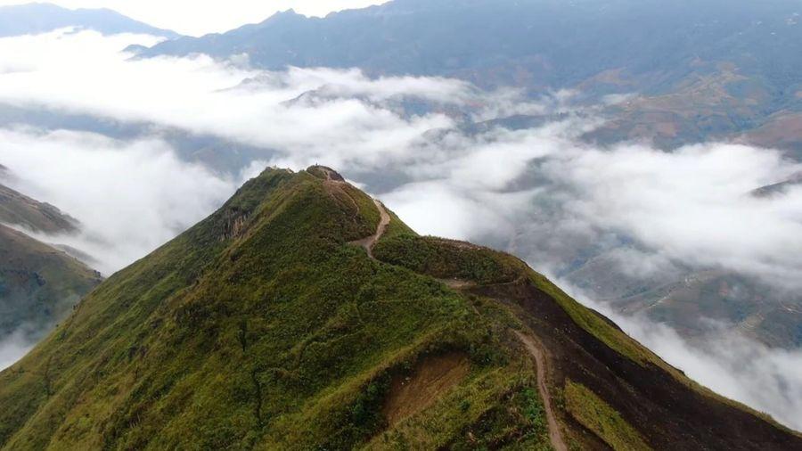 Sống lưng khủng long săn mây nổi tiếng bậc nhất Việt Nam