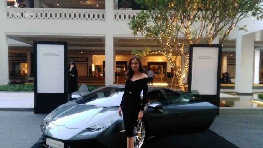 Siêu xe Lamborghini gây tắc đường giữa đại dịch ở Thái Lan