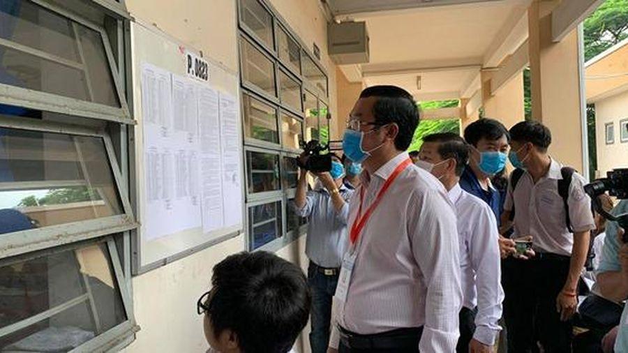 Thứ trưởng Nguyễn Văn Phúc: Thực hiện nghiêm túc khuyến cáo phòng tránh dịch của Bộ Y tế