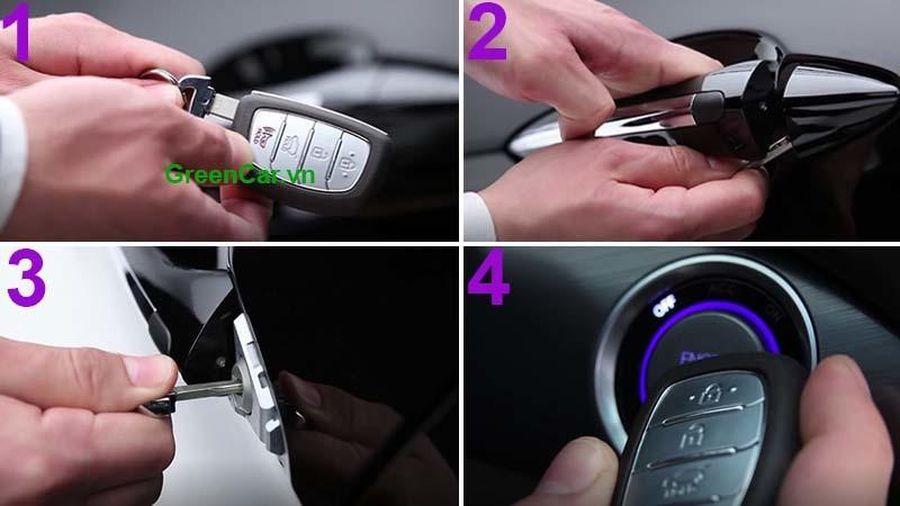 Làm gì khi chìa khóa thông minh ô tô hết pin?