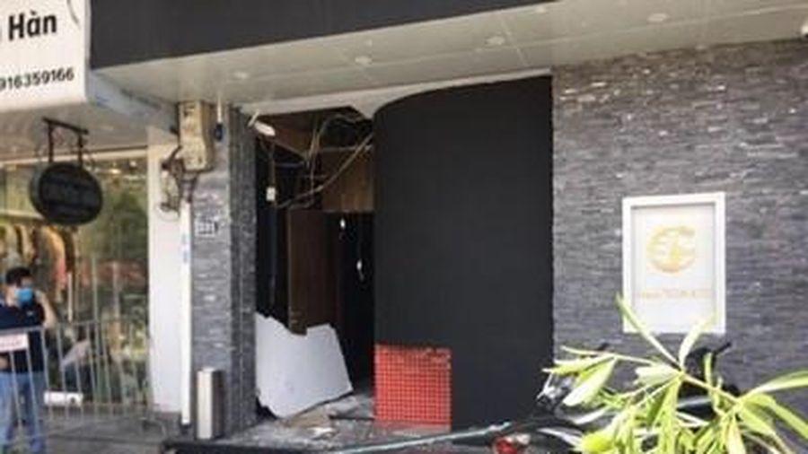 Nguyên nhân ban đầu vụ nổ lớn sát trụ sở ngân hàng tại Kim Mã - Hà Nội