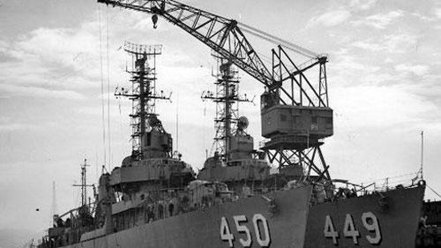 Có thật chiến hạm Mỹ ném khoai tây nhấn chìm tàu ngầm Nhật?