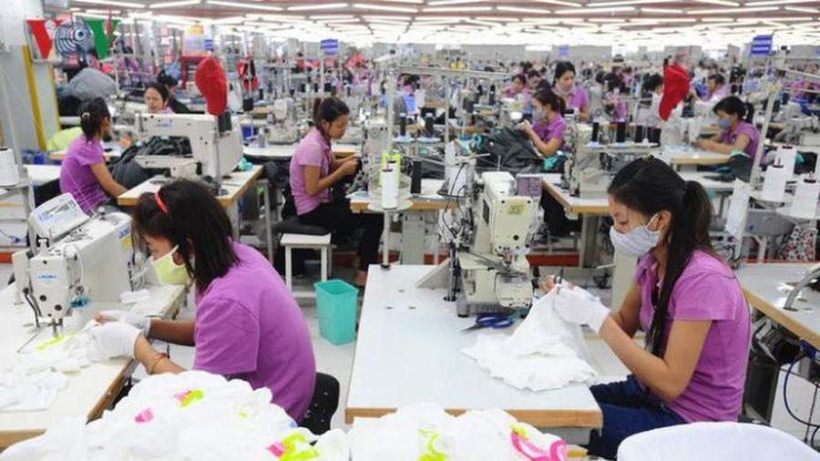 Tin kinh tế 6AM: VinFast hé lộ 'kiệt tác' President phiên bản giới hạn; Doanh nghiệp dệt may lao đao vì Covid-19