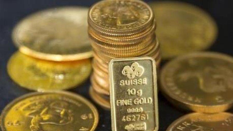 Giá vàng châu Á vẫn trên 2.000 USD/ounce