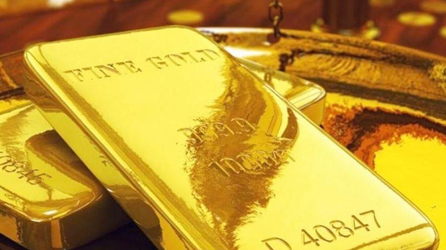 Giá vàng hôm nay ngày 10/8: Vàng bước vào cuộc đua mới!