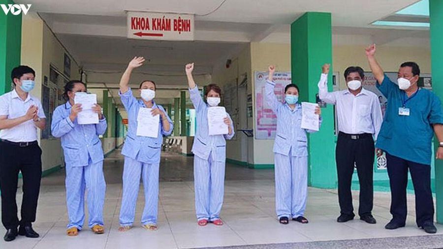 Bệnh nhân ở Đà Nẵng mắc Covid-19 khỏi bệnh: 'Tôi luôn tin sẽ khỏi bệnh!'