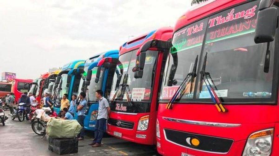 Xe ô tô kinh doanh vận tải chính thức được giảm phí đường bộ