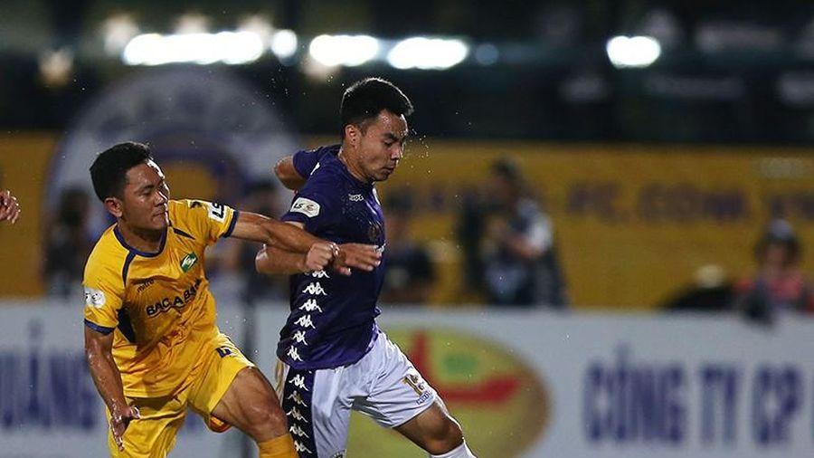 V-League tính trở lại đầu tháng 9 hoặc dừng hẳn