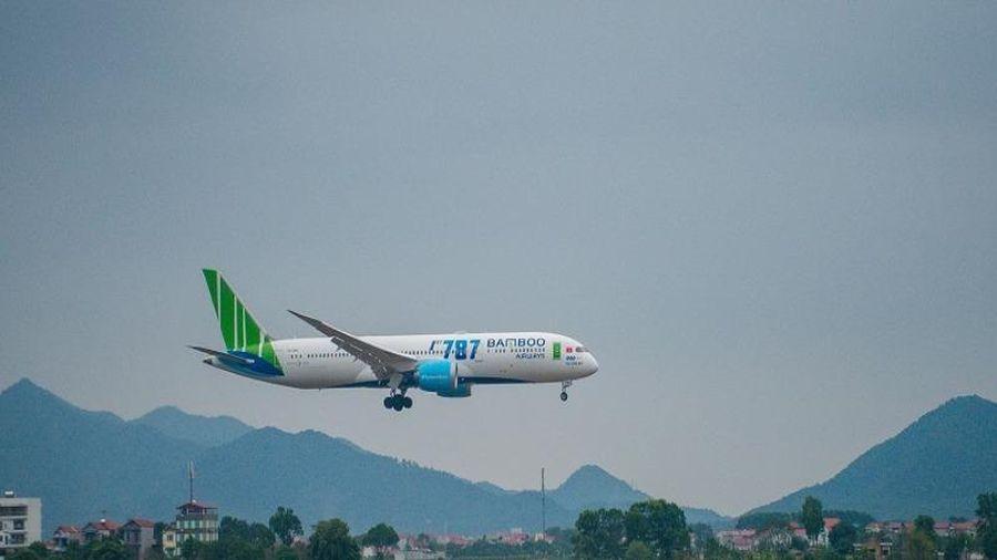 Tiếp tục dừng các chuyến bay chở khách tới Đà Nẵng