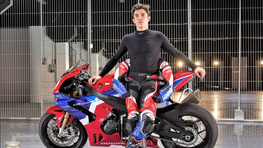 Honda ra mắt superbike CBR1000RR-R tại VN - đắt nhất 1,049 tỷ đồng