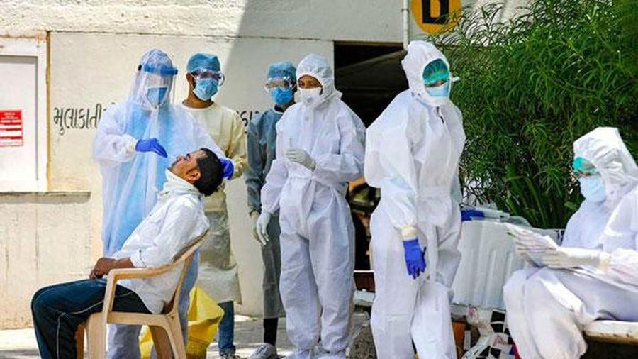 Mỹ tính chặn công dân nhiễm Covid-19 về nước, Ấn Độ lập kỷ lục về số ca mắc mới