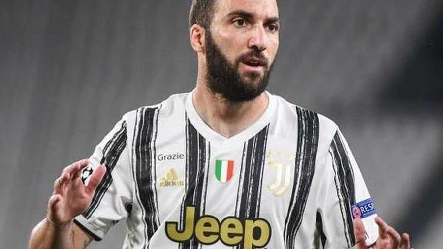 Vừa ra mắt, tân HLV Juventus Andrea Pirlo đã 'đẩy' 7 cầu thủ 'ra đường'