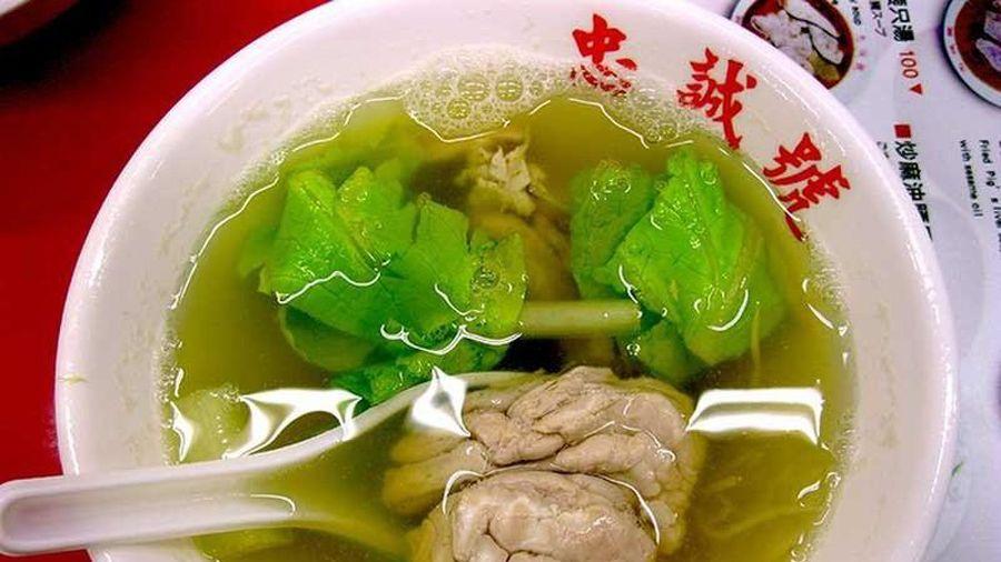 Loạt món súp kinh dị của các nước khiến du khách 'khóc thét'