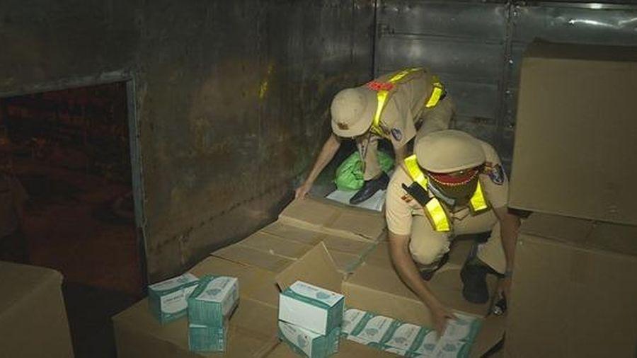 Đắk Lắk: Phát hiện hơn 67.000 chiếc khẩu trang không rõ nguồn gốc