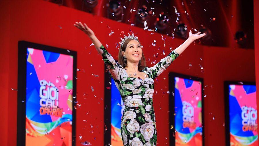 Hoa Hậu Thu Hoài 'nợ tiền' cả showbiz khiến Trấn Thành choáng váng
