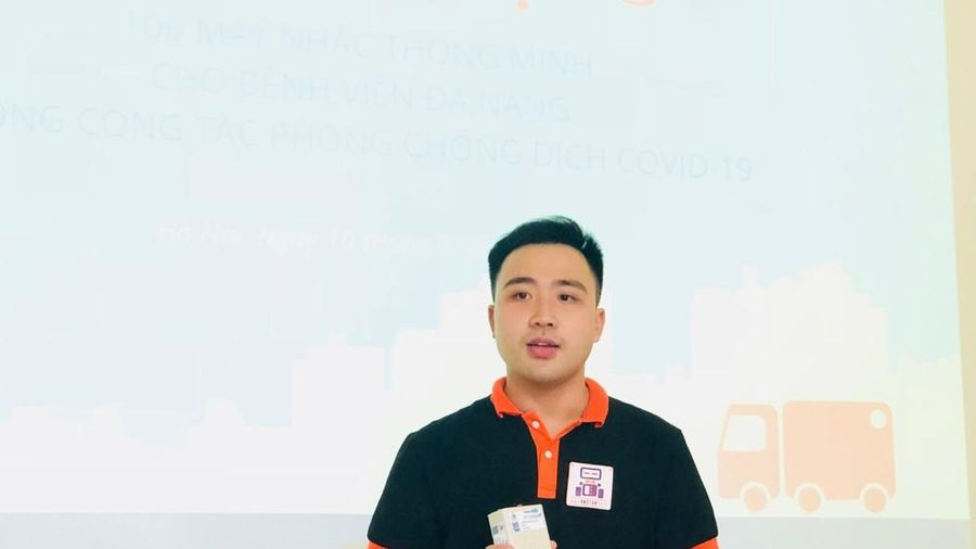 Sinh viên Bách khoa sáng tạo máy nhắc uống thuốc tặng bệnh nhân COVID-19 ở Đà Nẵng