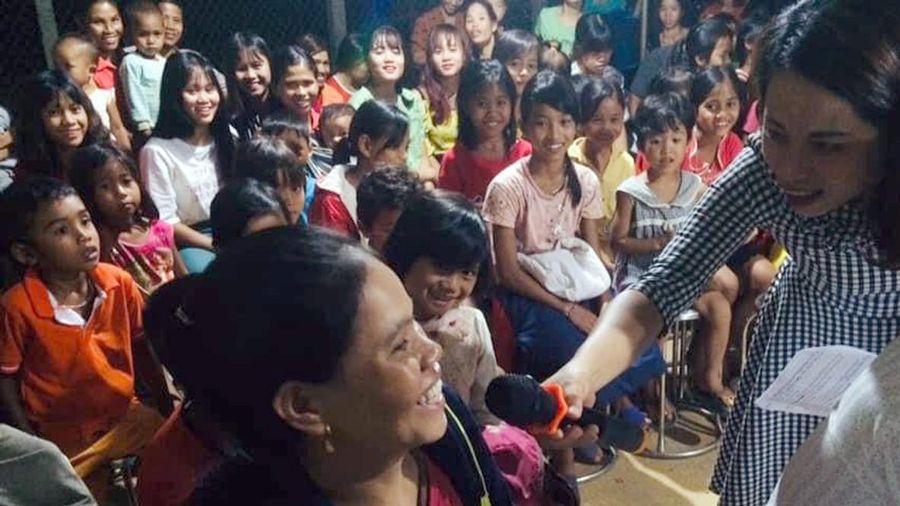 Giáo viên Trường dân tộc bán trú Hướng Phùng tuyên chiến với nạn tảo hôn