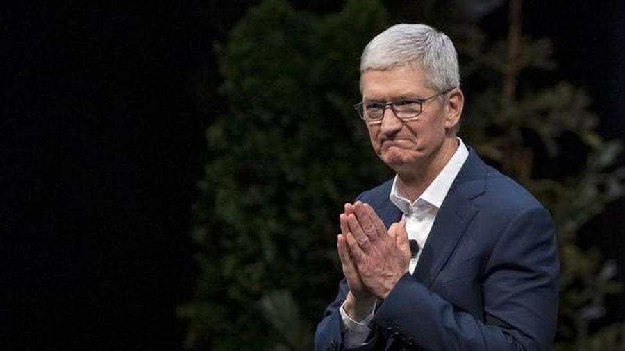Tim Cook thành tỷ phú khi Apple tiệm cận mốc 2.000 tỷ USD
