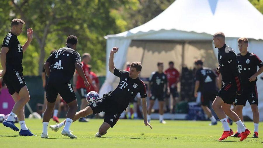 Bayern có buổi tập đầu tiên tại Bồ Đào Nha, sẵn sàng 'chiến' Barcelona