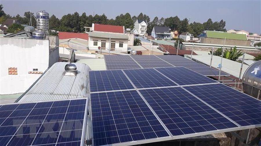Phát triển hơn 8.730 dự án điện Mặt Trời mái nhà miền Trung-Tây Nguyên