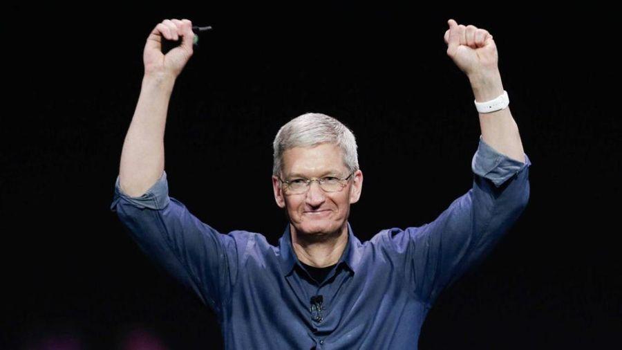 CEO Apple Tim Cook chính thức gia nhập hàng ngũ tỷ phú USD