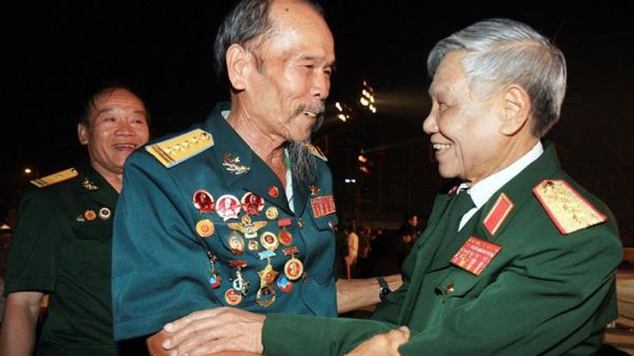 Thượng tướng Lê Khả Phiêu - Tấm gương mẫu mực của vị tướng ngoài mặt trận