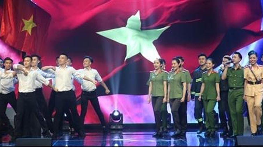 75 năm CAND Việt Nam - '75 mùa hoa chiến công'