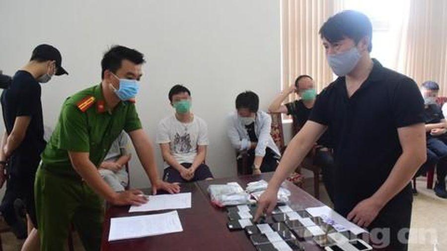 Phát hiện 7 người Trung Quốc đánh bạc qua mạng 35 tỷ đồng