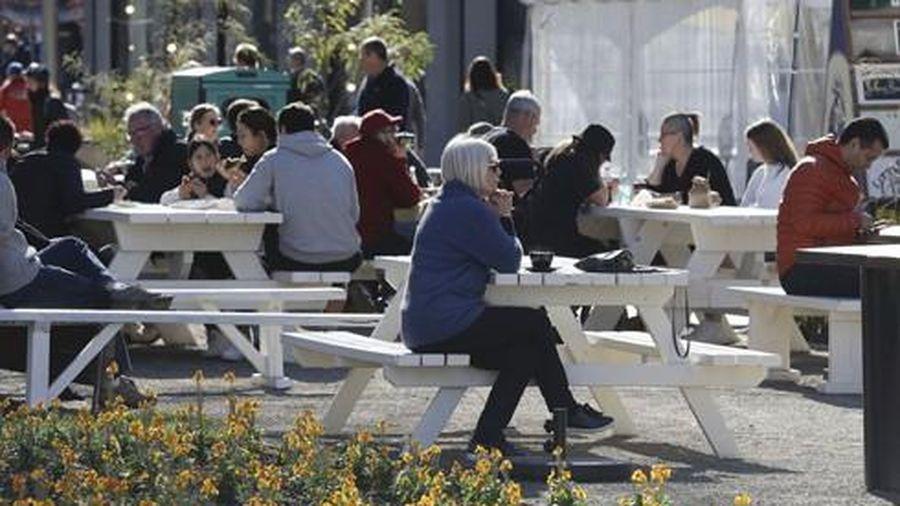 'Làm mạnh, làm sớm' - New Zealand hơn 100 ngày không có ca nhiễm trong cộng đồng