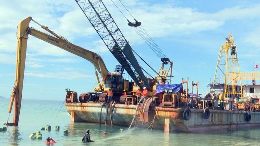 Sớm hoàn thành dự án cấp điện cho xã đảo Nhơn Châu
