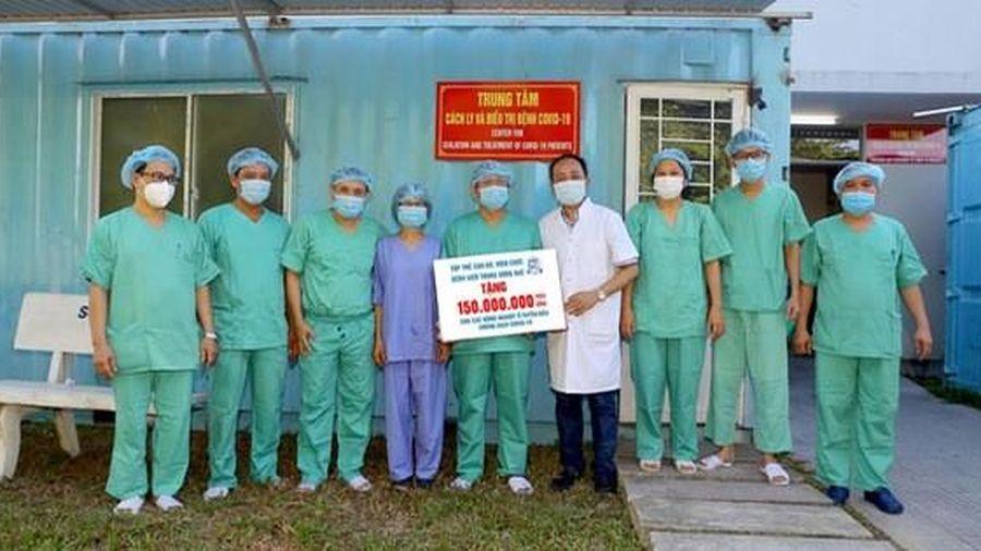 Hỗ trợ suất ăn miễn phí cho cán bộ y tế tuyến đầu chống dịch