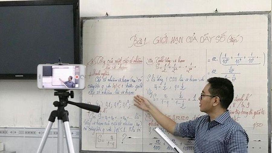 Bộ GD&ĐT lấy góp ý về quản lý, tổ chức dạy học trực tuyến