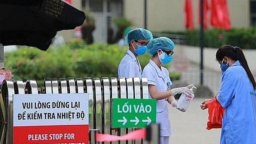 Bệnh viện Bạch Mai bác bỏ tin đồn có ca bệnh 'dương tính'