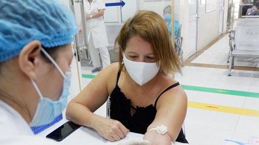 Người nước ngoài đầu tiên hiến huyết tương ở Việt Nam