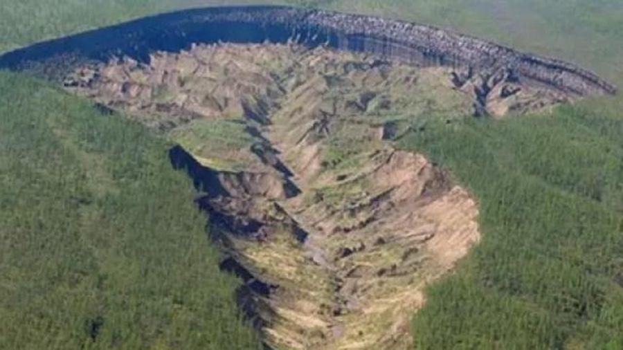 'Cổng địa ngục' Siberia mở rộng và lời cảnh báo đối với nhân loại