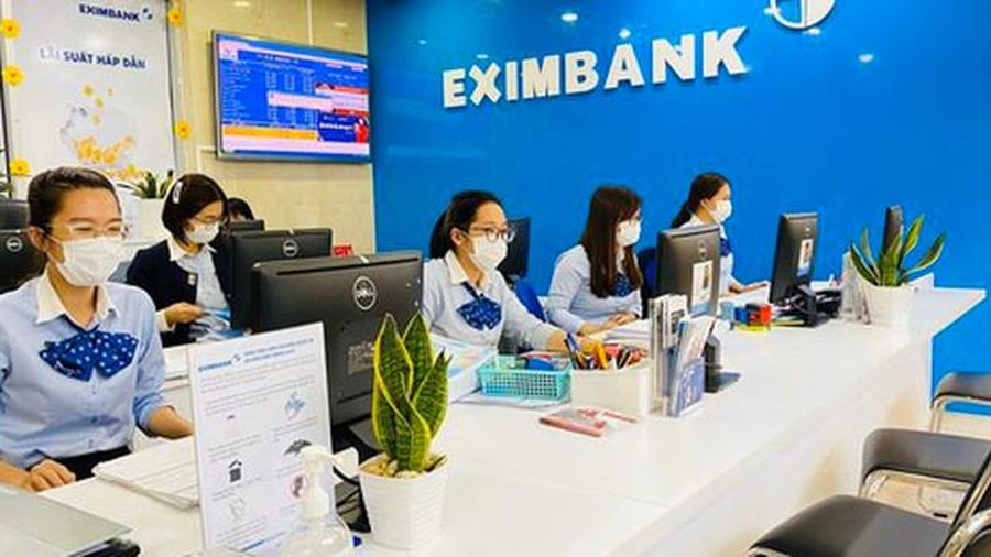 Mở lại phòng giao dịch Eximbank sau phong tỏa