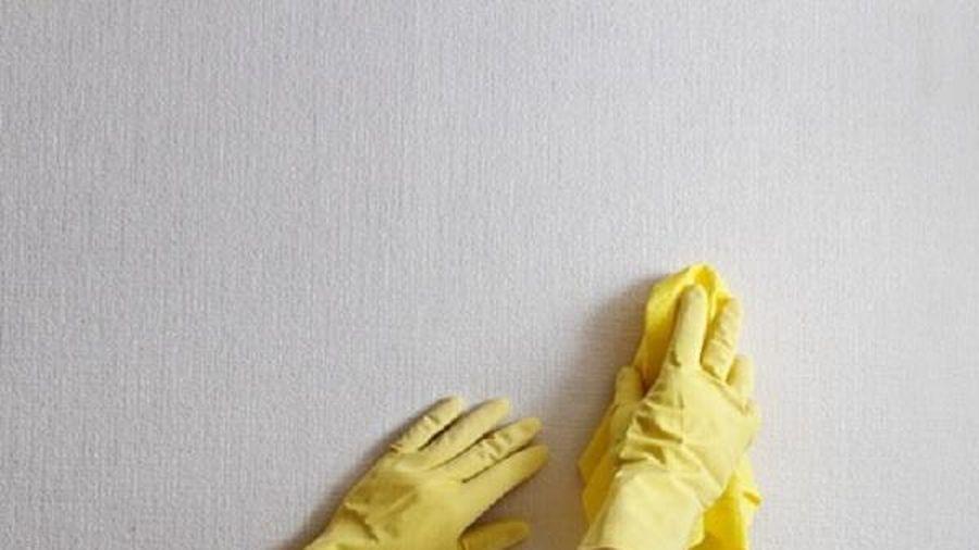 Vết bẩn bám trên tường sạch bong chỉ với vài mẹo này