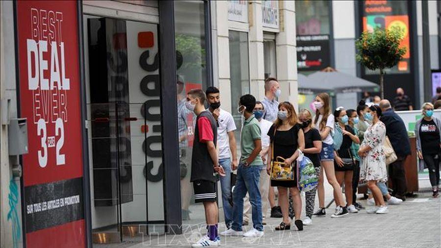Bắt buộc đeo khẩu trang tại các địa điểm công cộng ở Brussels, Bỉ