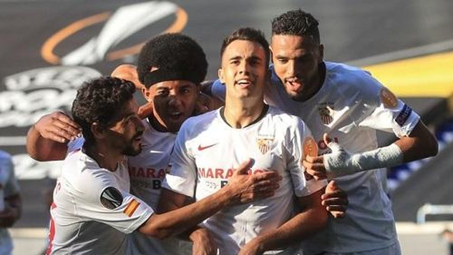 Xác định đối thủ của M.U ở bán kết Europa League