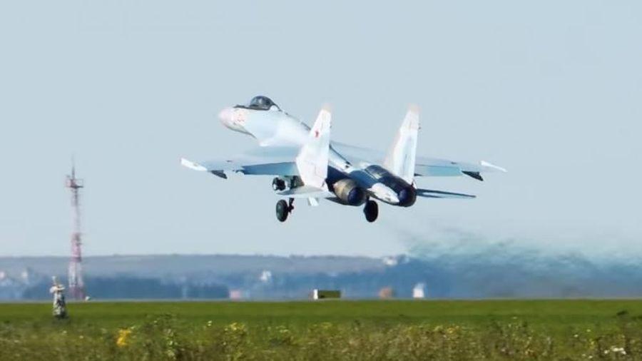 Không quân Nga sắp được trang bị thêm tiêm kích Su-35