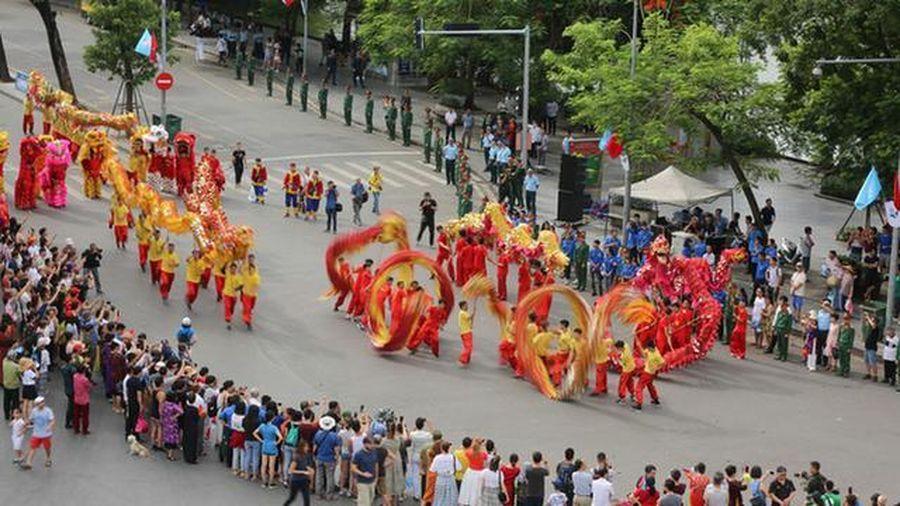 Hà Nội vinh danh 10 công dân Thủ đô ưu tú tại Lễ kỷ niệm 1010 năm Thăng Long - Hà Nội