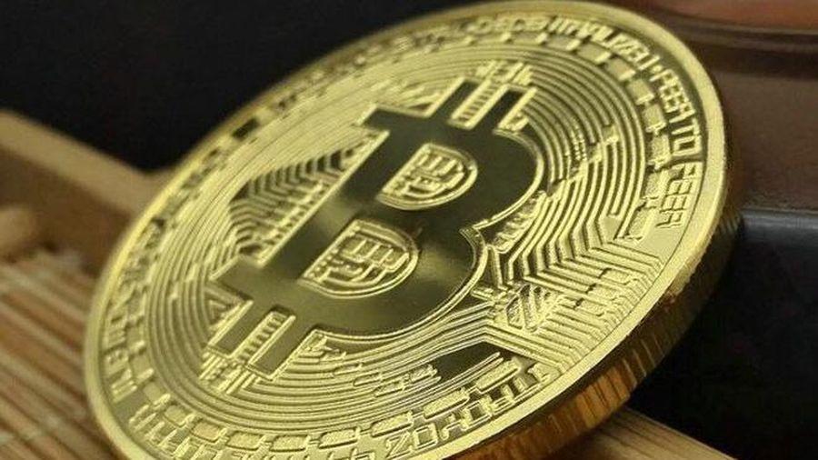Giá bitcoin hôm nay 12/8: Giảm sâu, hiện ở mức 11.273,66 USD