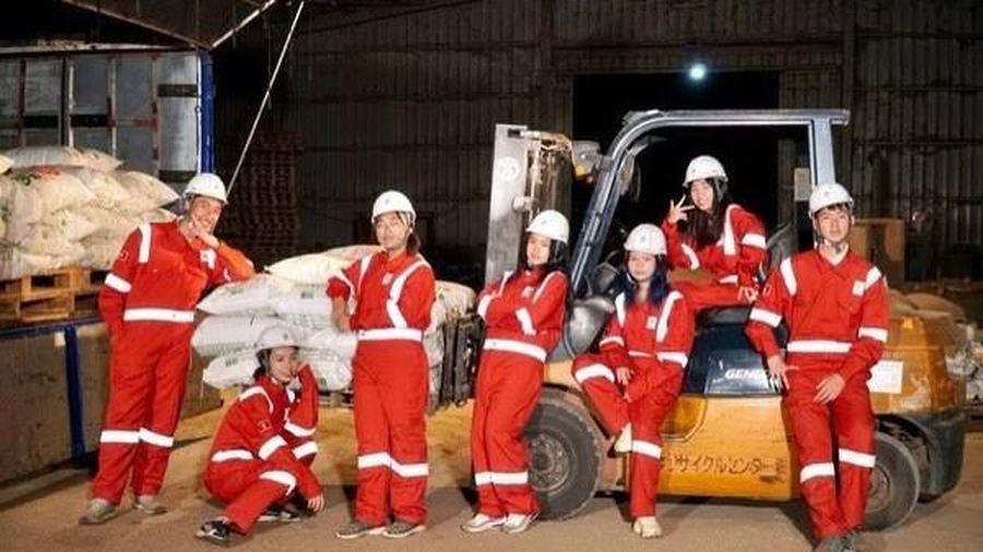 Dự án tái chế lõi ngô của học sinh Việt giành ngôi Vô địch cuộc thi Khởi nghiệp trẻ quốc tế